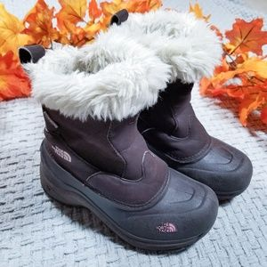 The North Face girls Greenland Winter boots